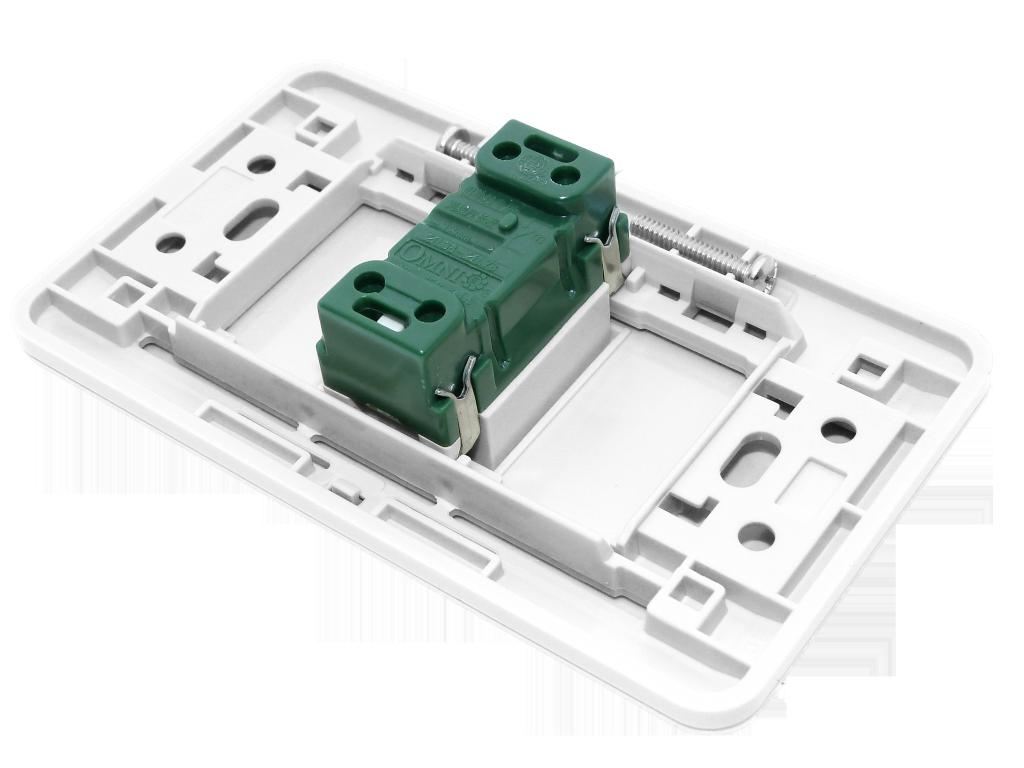 Omni Cs 1 Way Switch Illuminated Switch With Plate