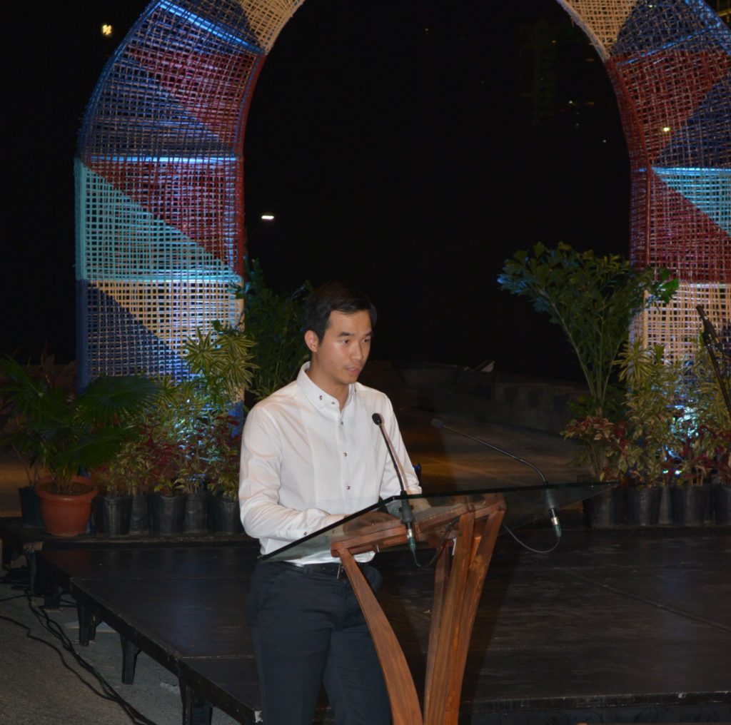 Henry Yang Giving His Speech